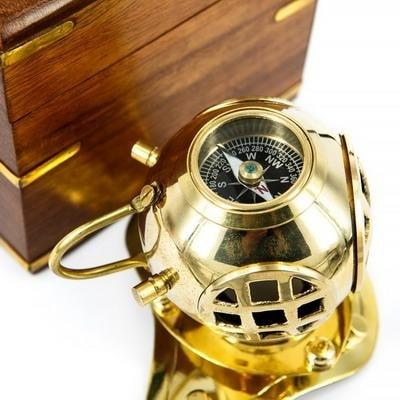 Компас шлем водолазный в деревянной коробке, 444A
