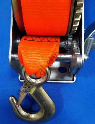 Ручная трейлерная лебедка на нагрузку 700 кг с фалом для лодочного прицепа, тормоз и передача