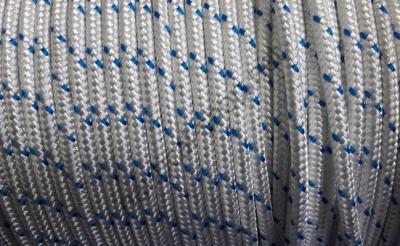 Плетеный слаборастягивающийся трос из полиэфира с сигнальной прядью 10 мм, 06.441.10