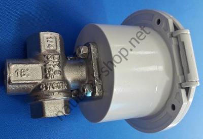 Трехходовой топливный кран для подключения двух топливных баков к лодочному мотору, 17.303.51 Osculati (Италия)