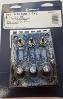 Панель управления на 3 тумблера без подсветки, в упаковке, Attwood 14234-3